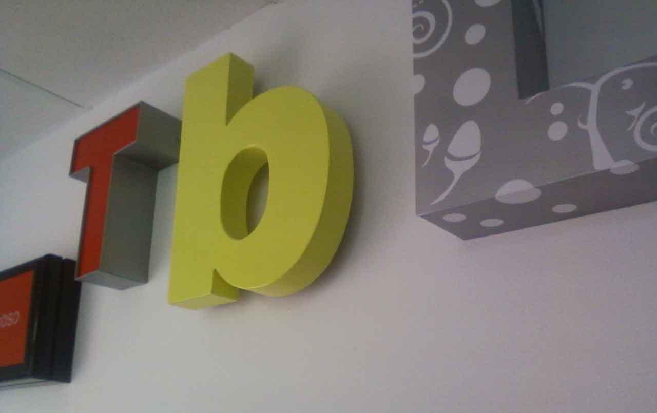 Letras corporeas - Fabricacion letras corporeas ...